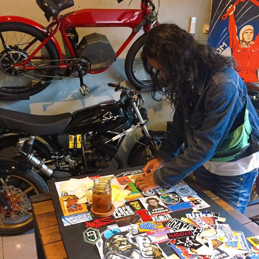 Rumahatas Gallery Sticker Exhibition